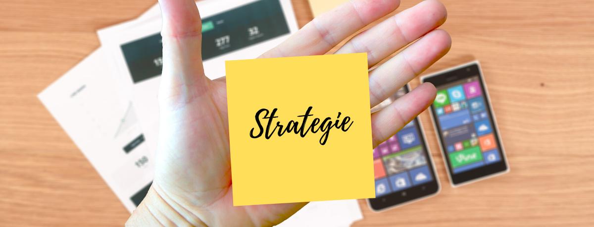 """Myslet strategicky znamená myslet vrežimu """"mindset podnikatele"""". Ano, každá akce, kterou podnikáš, je vlastně podnikavost, projekt, cesta, snaha atouha vakci pro dosažení chtěného výsledku, čili CÍLE."""